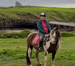 Reiterin beim Mullaghmore  Küstenritt